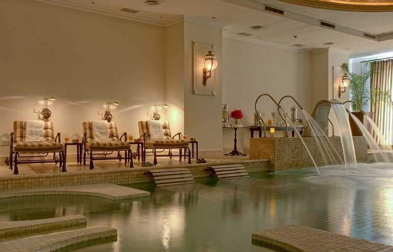 Sainte Jeanne Hotel Boutique & Spa - Pool - 6