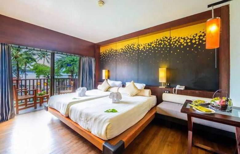 Seaview Patong - Room - 5