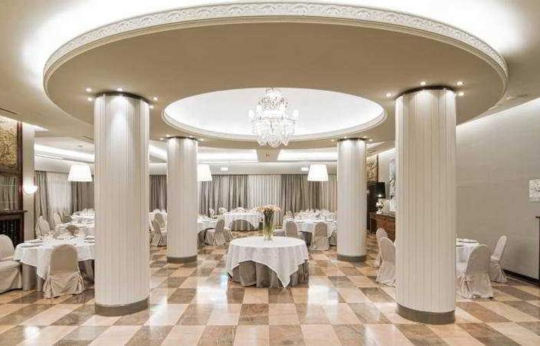 Gran Hotel España Atiram - Conference - 16