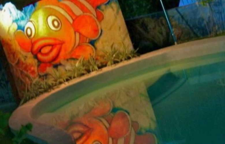Vanilla Sky Resort - Pool - 0