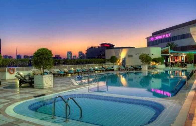 Crowne Plaza Deira - Pool - 36