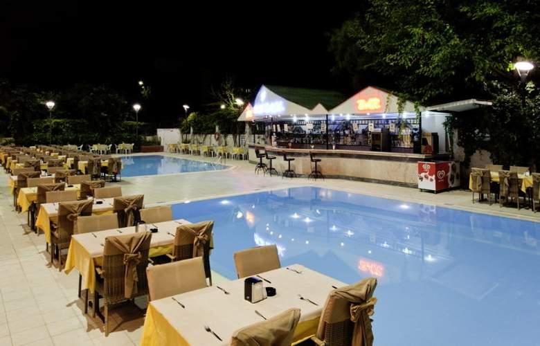Sealine Hotel 3+* - Terrace - 7