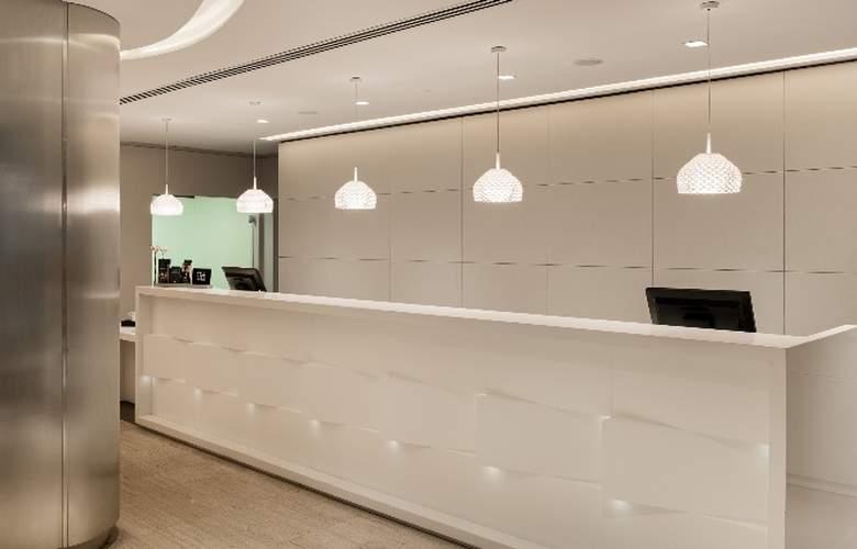 NH Madrid Zurbano - Hotel - 8