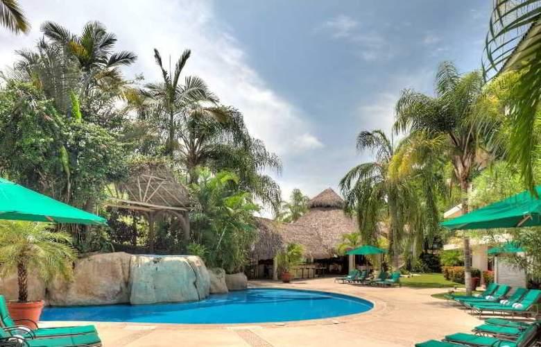 Casa Iguana Hotel - Hotel - 8