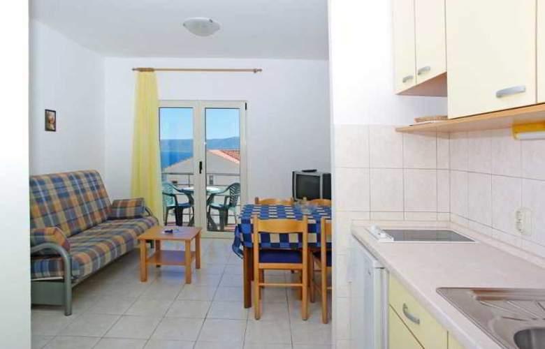 Villa Lara - Room - 18