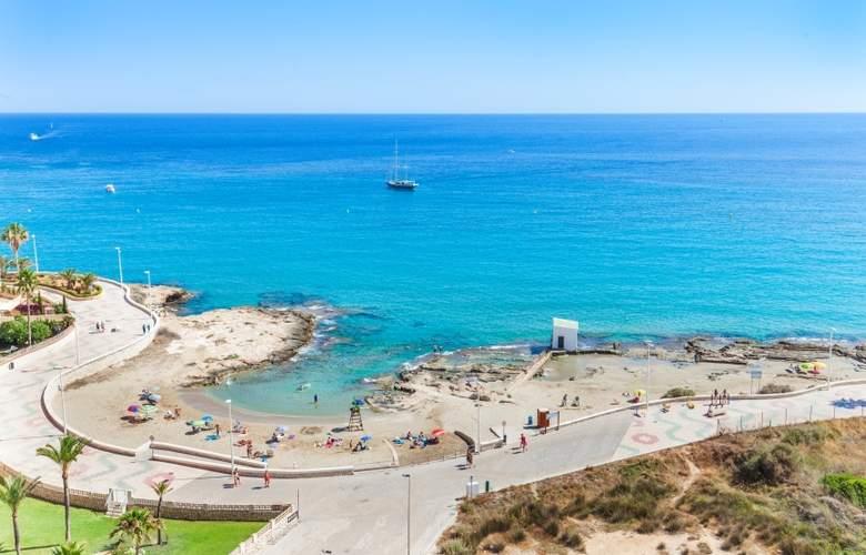 Port Europa - Beach - 4