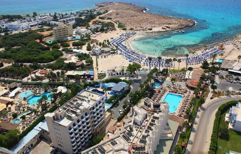 Anonymous Beach Hotel - Beach - 11