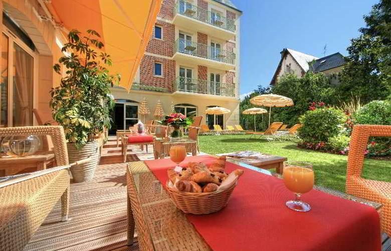 La Closerie de Deauville - Terrace - 7