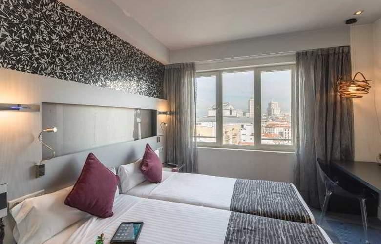 Petit Palace Mayor Plaza - Room - 25