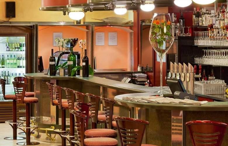 Vienna Sporthotel - Bar - 18