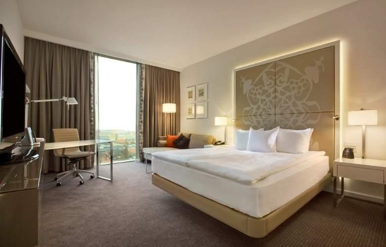 Hilton Copenhagen Airport - Room - 5