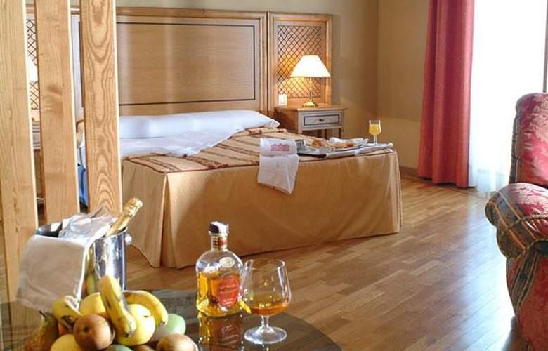 Doña Carlota - Room - 0