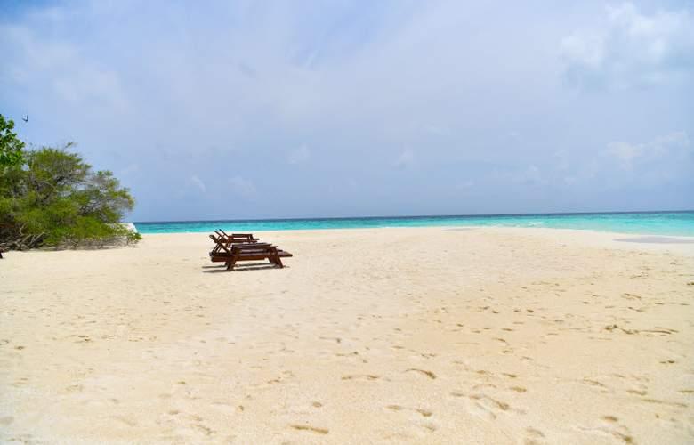Eriyadu Island Resort - Beach - 5