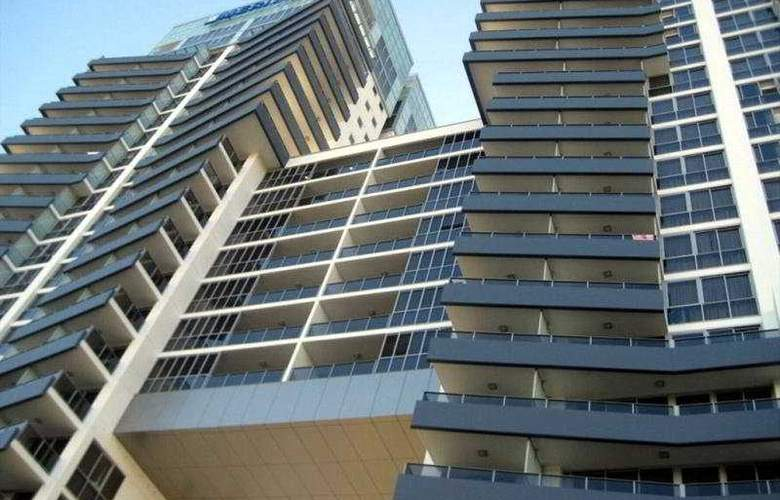 Meriton Serviced Apartments Gold Coast - General - 1
