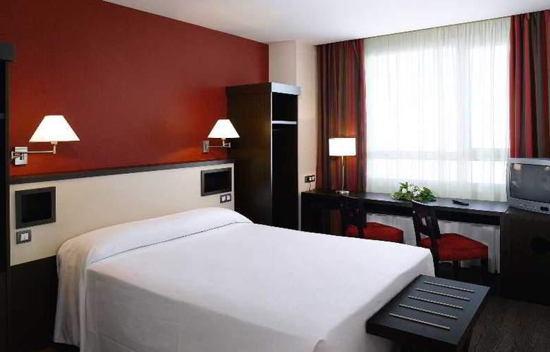 NH Sant Boi - Room - 7