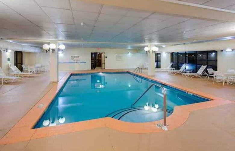 Hampton Inn & Suites Augusta West - Hotel - 3