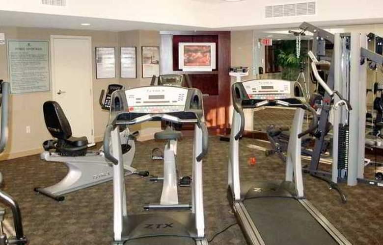 Hampton Inn & Suites Albany Downtown - Hotel - 1