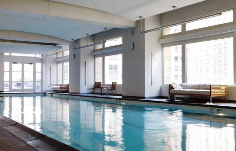 Park Hyatt Chicago - Pool - 15