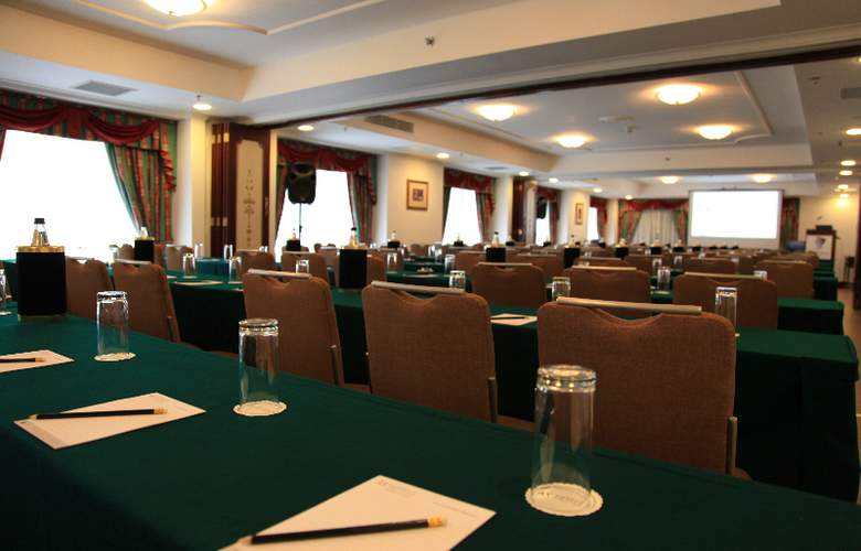 Victoria - Conference - 8
