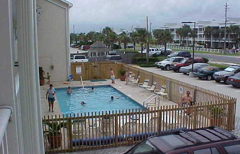 ResortQuest Rentals at Crystal Sands East & West - Pool - 6