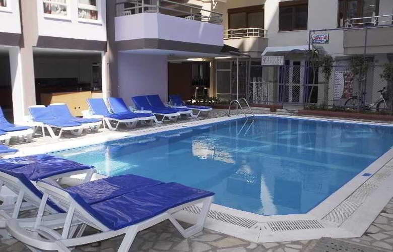 Rosella Apart & Hotel - Pool - 12