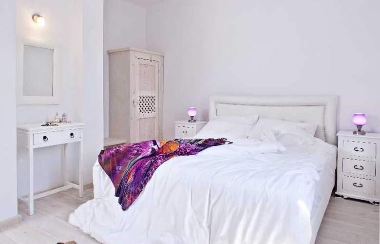 Thermes Luxury Villas - Room - 16