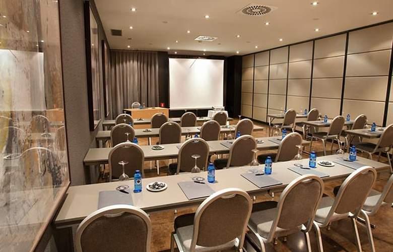 AC Madrid Feria - Conference - 20