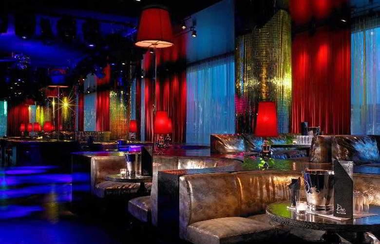 W Hollywood - Bar - 30