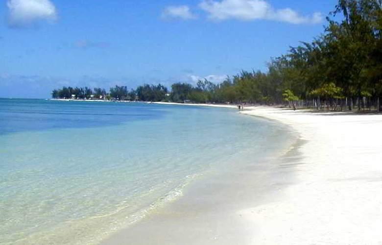 Tarisa Resort Spa - Beach - 4