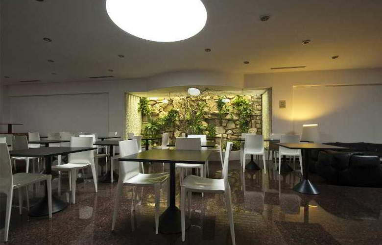 Victor - Restaurant - 6