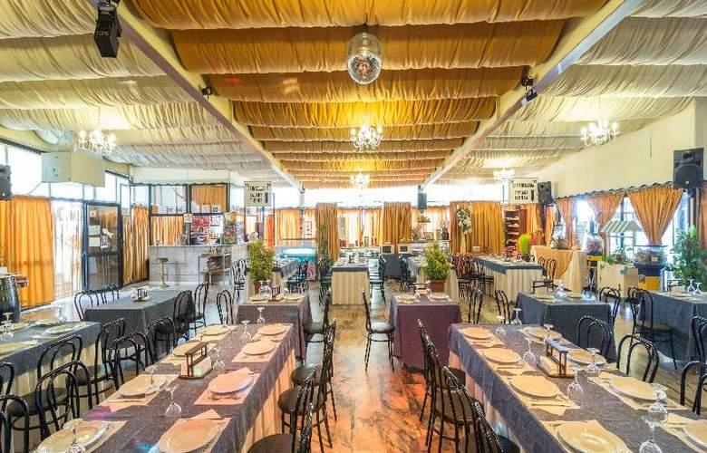 Hotel Los Templarios - Restaurant - 7