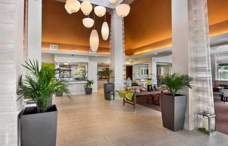 Hilton Garden Inn Birmingham- Lakeshore Drive - Hotel - 8