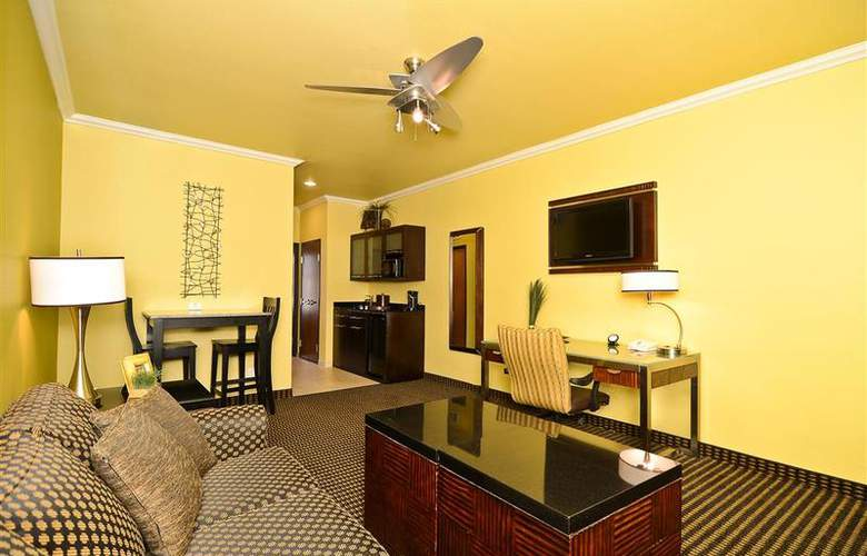 Best Western Plus Christopher Inn & Suites - Room - 157