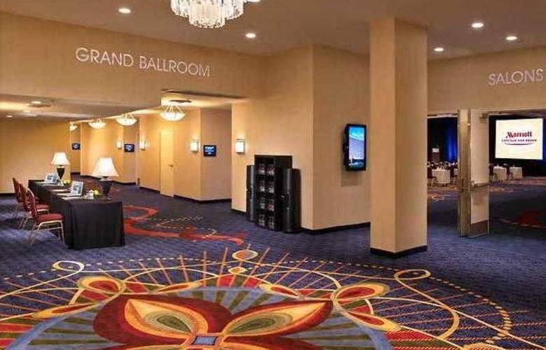 Marriott Chicago Oak Brook - Hotel - 13