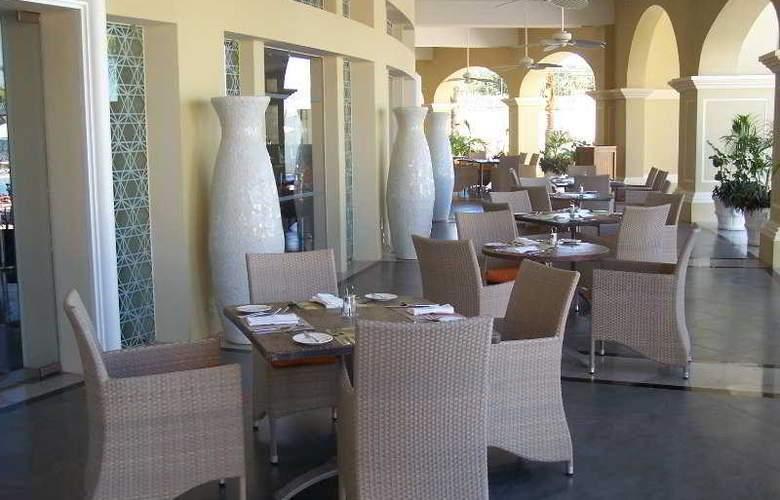 Pueblo Bonito Emerald Bay Resort & Spa - Restaurant - 7