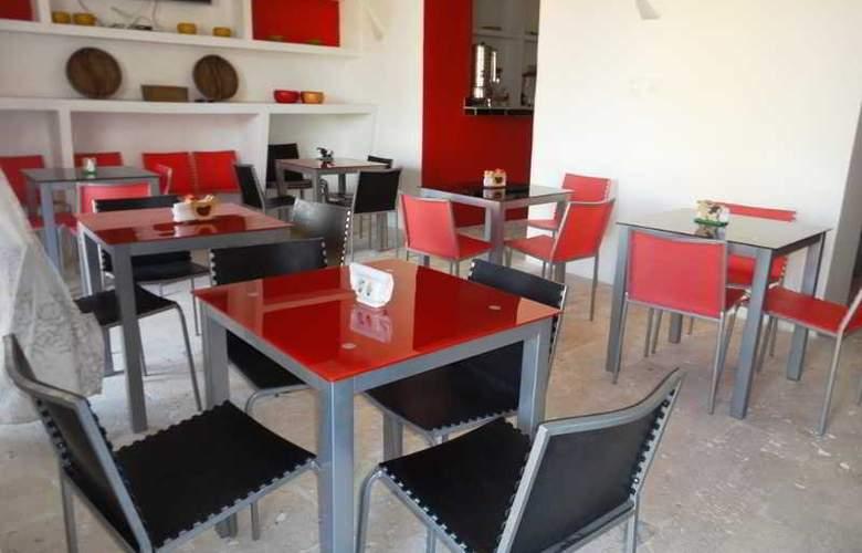 Hotel Torre del Reloj - Restaurant - 2