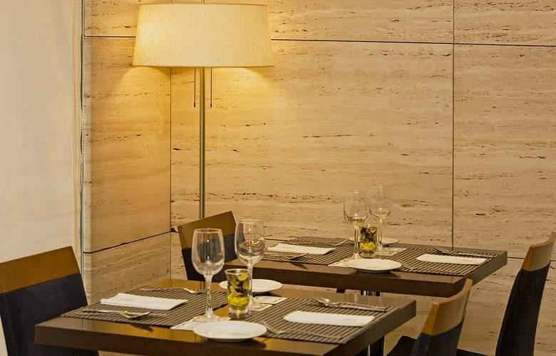 Zenit Malaga - Restaurant - 34