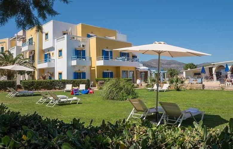 Pyrgos Beach Apartments - Hotel - 6