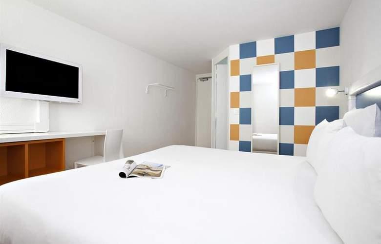 Best Western Bordeaux Aeroport - Room - 60