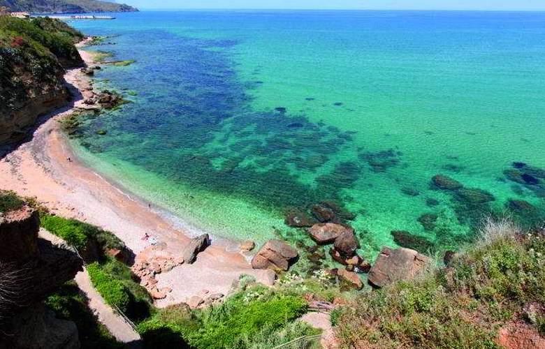 Punta Nord-Est - Beach - 4
