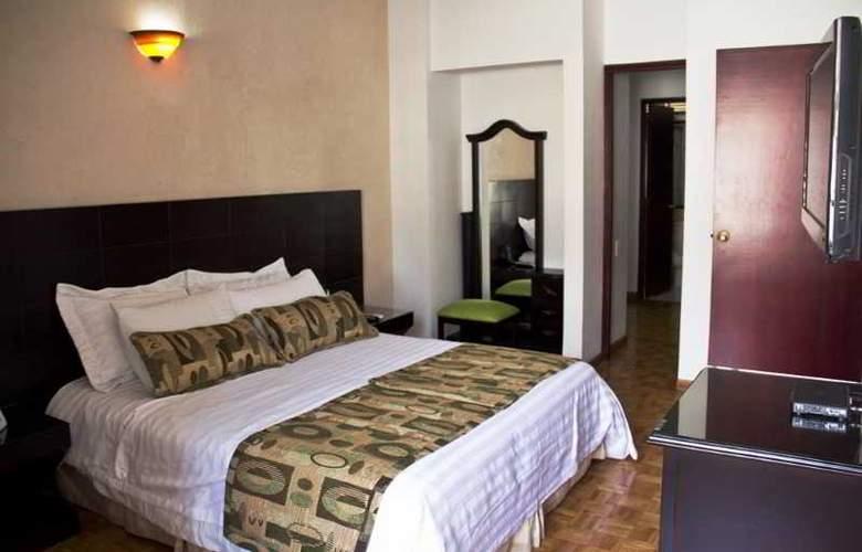 Aparta Suite Torre Poblado - Room - 13
