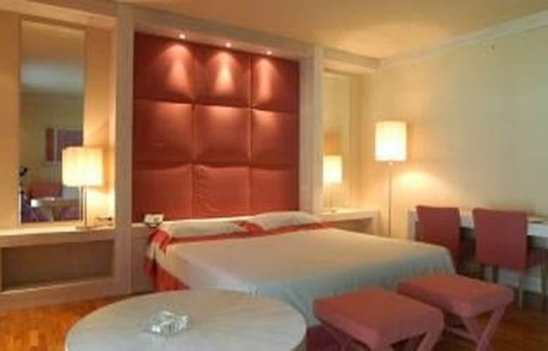 Mercure Tirrenia Green Park - Room - 2