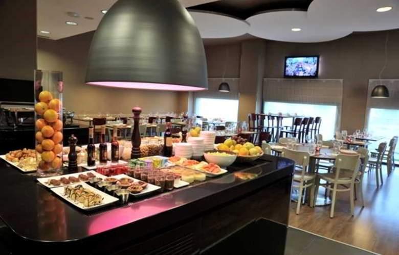 Campanile Malaga Aeropuerto - Hotel - 9