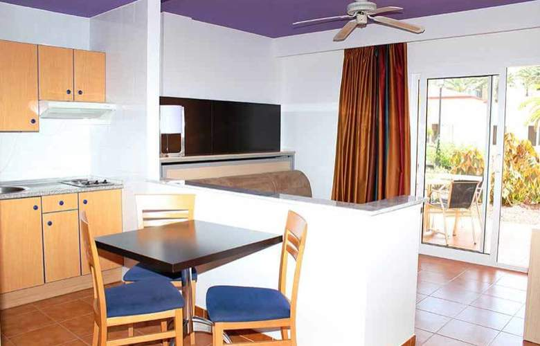 SBH Crystal Beach - Solo Adultos - Room - 5