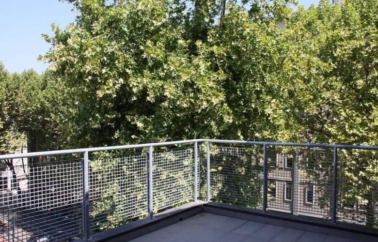 Regit - Terrace - 6