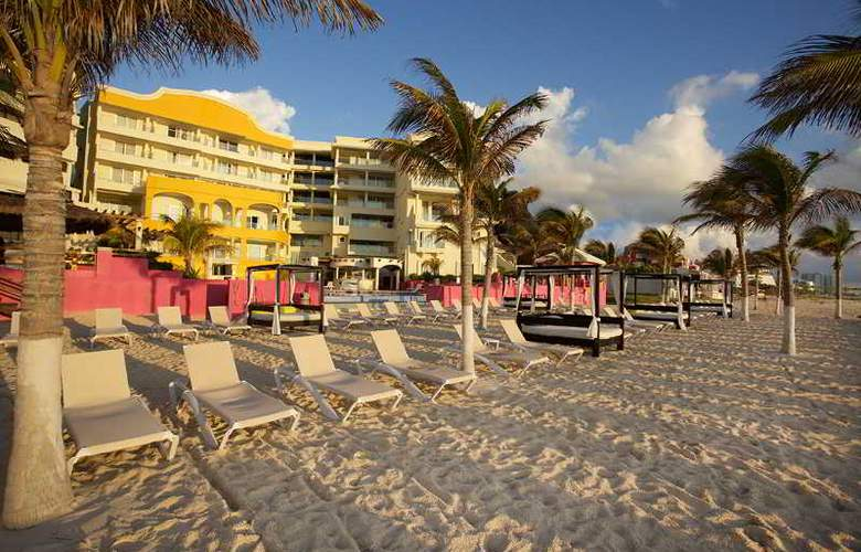 NYX Cancun - Beach - 21