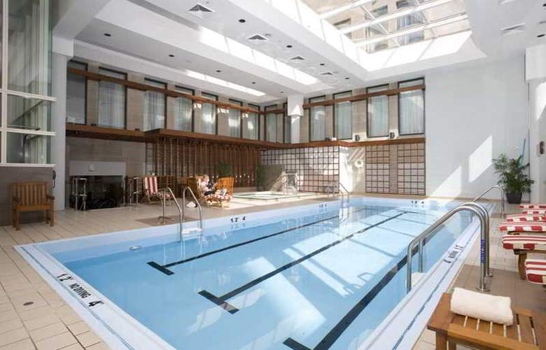 The Langham - Pool - 13