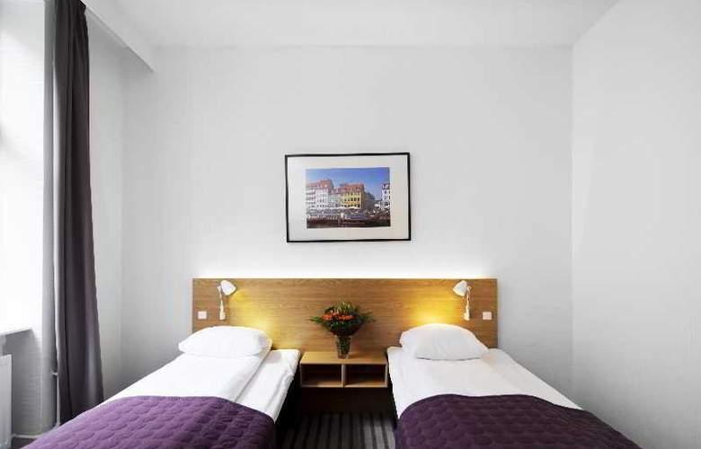 Copenhagen Crown - Room - 21