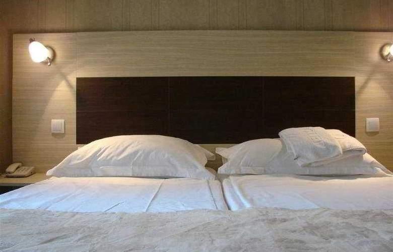Hotel Royal - Room - 3
