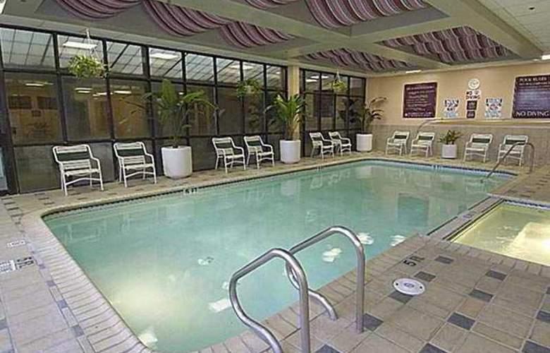 Embassy Suites San Antonio - Int. Airport - Hotel - 0